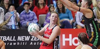 Zoe Walker in action for Canterbury Tactix this season. Photo: Phillip Rollo.