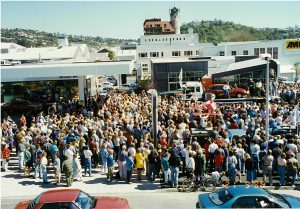 Grand opening of their current site in 1996 on the corner of Collingwood and Halifax Sts.